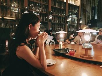 【女子旅におすすめ】北海道の小樽『北一ホール』は外せない★167個のランプが灯る幻想的カフェ