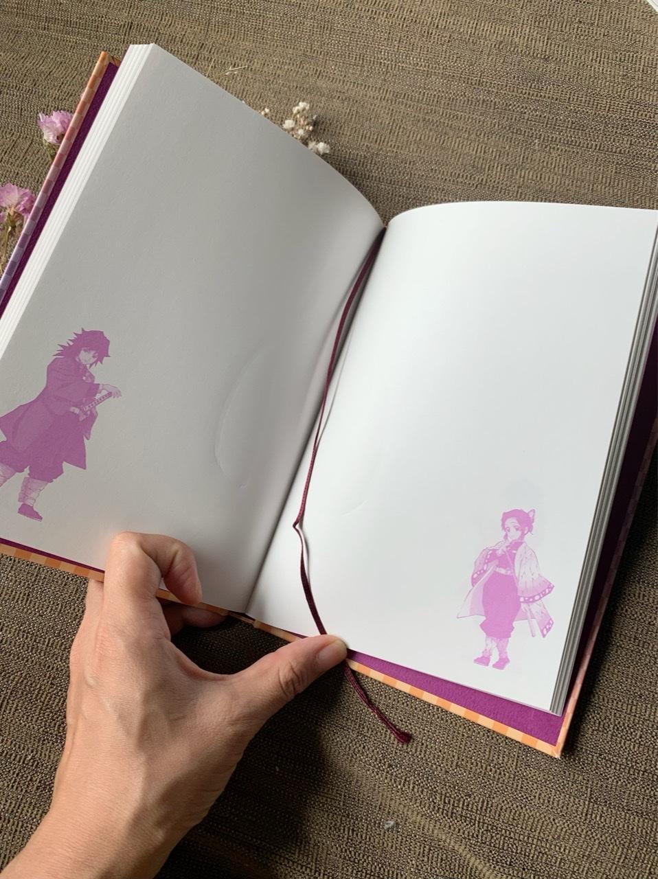 【8月号MORE】ピンクのかわいい表紙が目を引く!付録は鬼滅の刃の便利ノート!_3