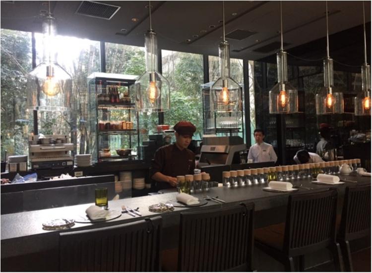 【FOOD】ブラックアフタヌーンティー だけじゃない!アマン東京 ザ・カフェの、スイーツボックスにも注~目♥_2