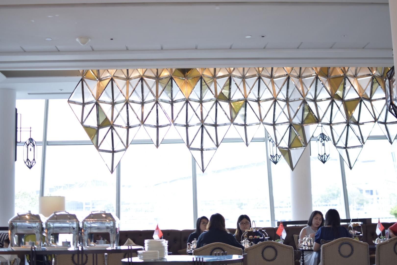 【シンガポール】マリーナベイを眺めながらアフタヌーンティーが楽しめる「フラトンベイホテル The Landing Point」_2