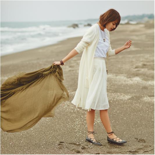 【セシルが着る白が素敵すぎる】春を呼ぶエクリュカラーに注目_3