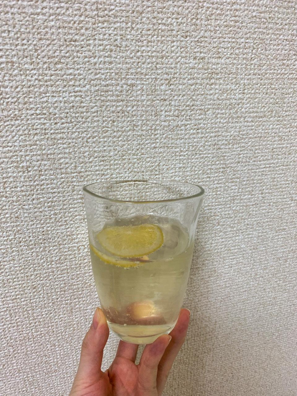 レモン酢のソーダ割りの画像