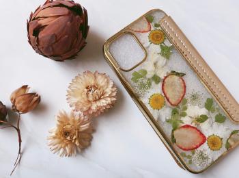 【本物のお花とフルーツ!?】お花屋さんがつくる《スマホケース》がかわいい♡