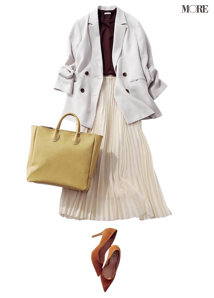 GUのジャケットとプリーツスカートのコーデ